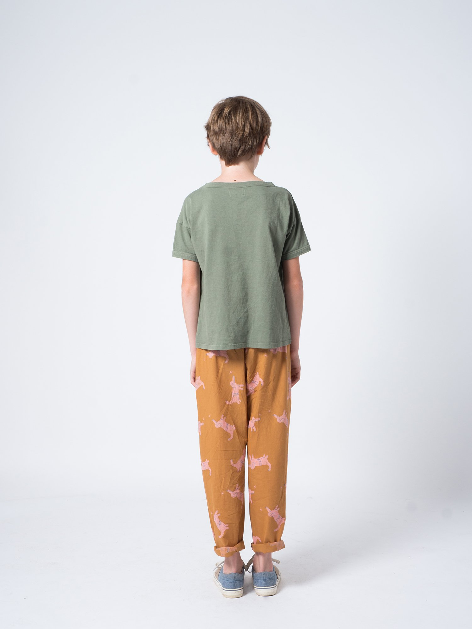 Kid Ant and Apple Short Sleeve T-Shirt Look