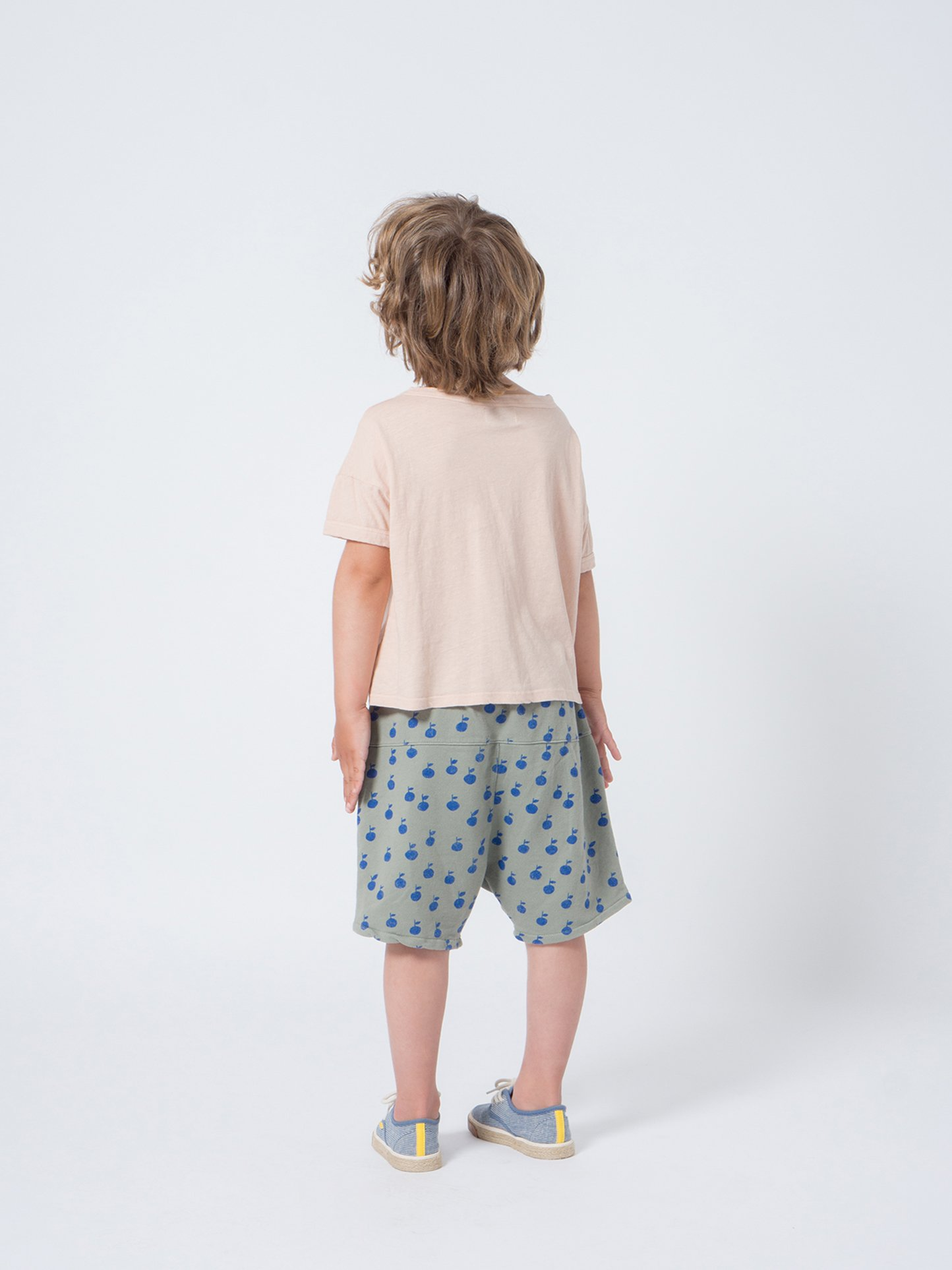 Kid Open Linen T-Shirt Look